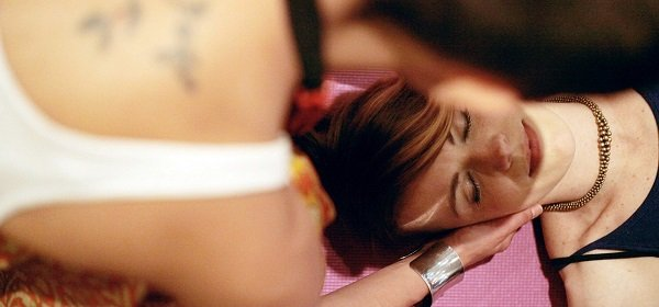 Indian Head Massage   Relaxing Massage Therapy