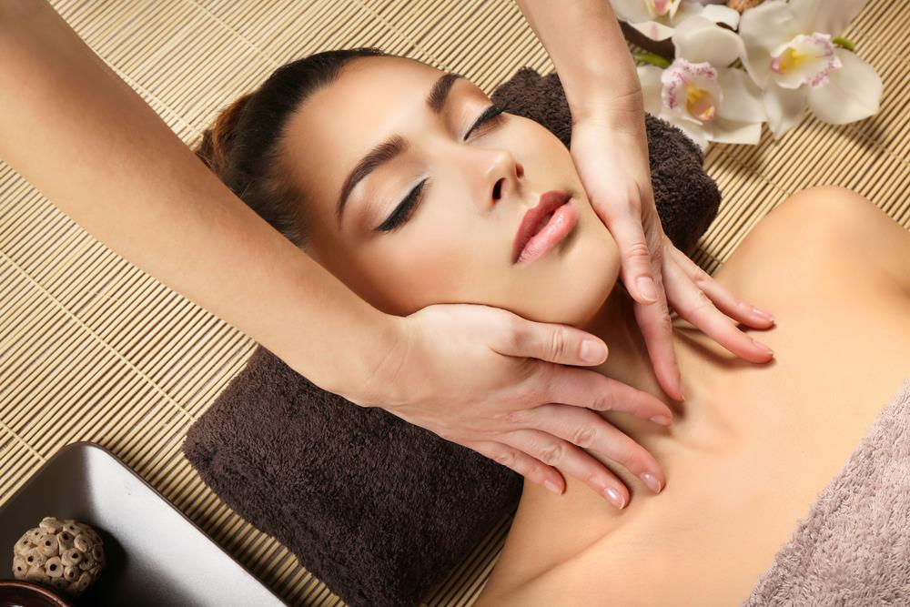 Massage In Bromley | Massage Therapy Body Treatments | Lirio Therapy